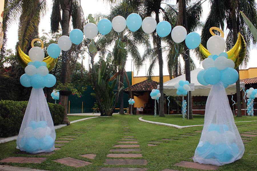 Globoflex decoraci n con globos bodas xv a os for Decoracion con globos para bautizo